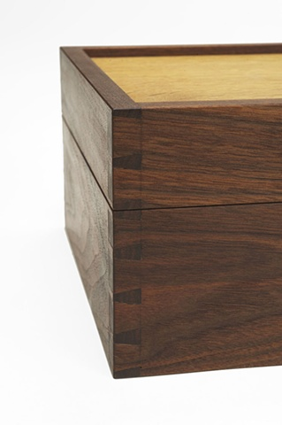 Dovetail Box detail