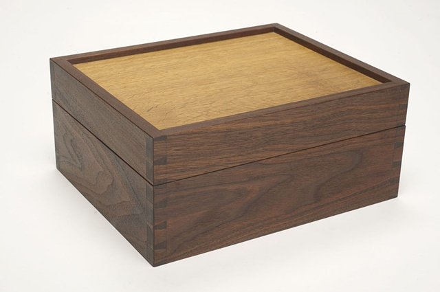 Dovetail Box