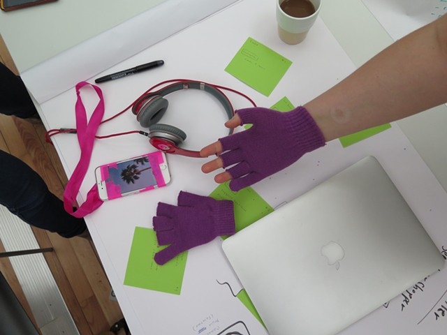 Rapid prototyping for user experience investigation in the field