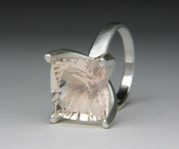 Angular Annie Ring in Silver with pink Quartz