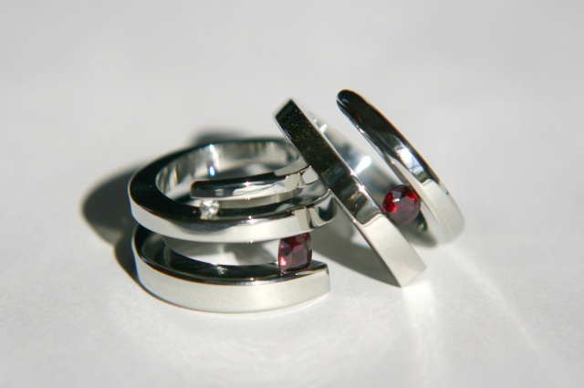 In Coil Wedding Set