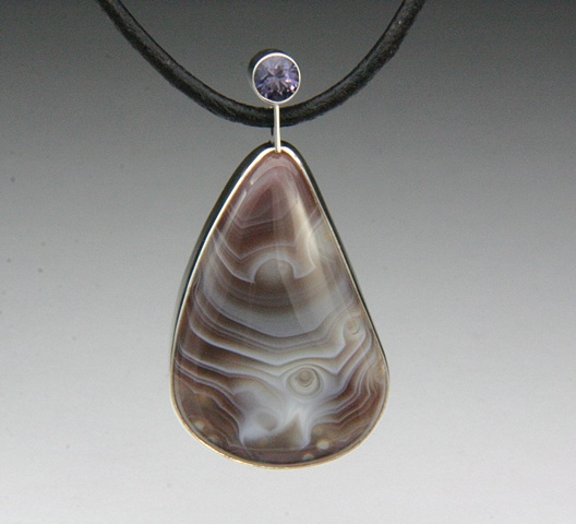 Botswana Agate Pendant With Spinel
