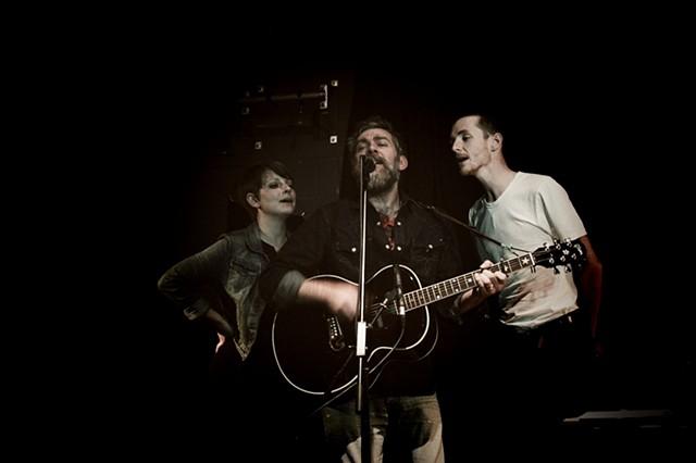 Ethan Johns & Trevor Moss & Hannah Lou At The Cluny, Newcastle