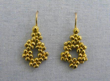 Chain of Flowers Droplet Earrings