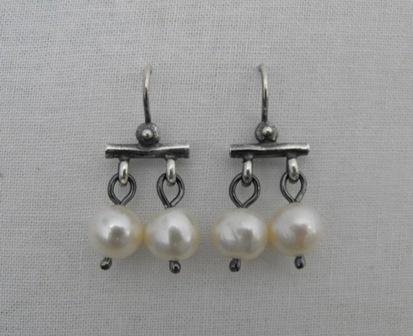Roman Trembling Earrings