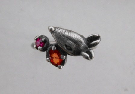 Rat Ring with Sapphire and Ruby - Top View