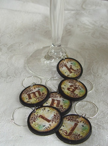 WOODSY INITIAL Monogram Wine Glass Charm Identifier
