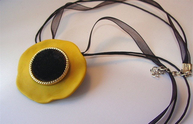 GOLDENROD Poppy Brooch/Pendant