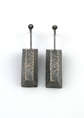 Patterned Bar Dangle Earring