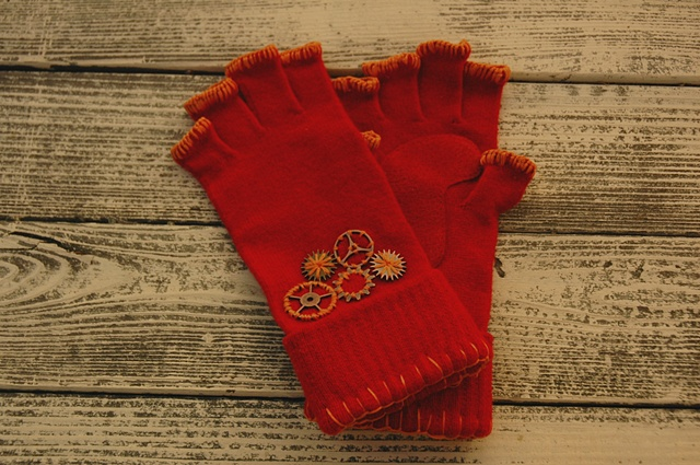 knit gloves with gears