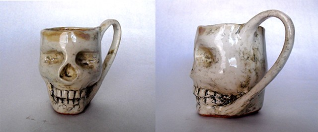 Skull Mug With Handle Clean Brown interior