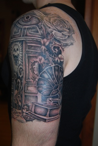 Victrola half sleeve