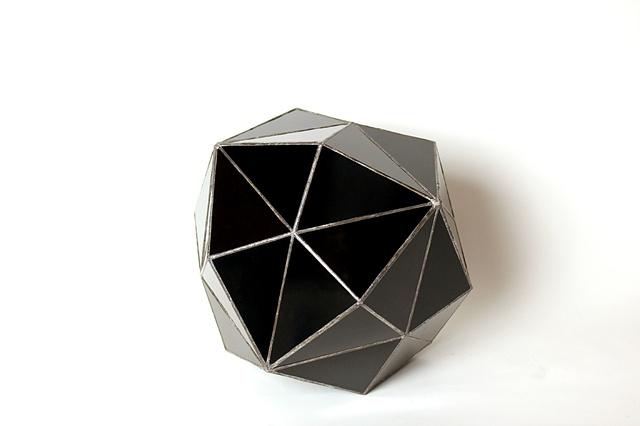 Black Diamond (asymmetrical side view)