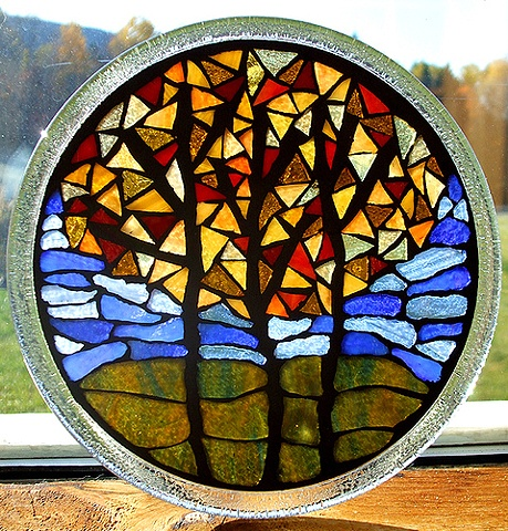 mosaic, stained glass, vermont, fall, autumn, leaves, tree, round, recycled, salavaged, studio fresca, lake, yellow, red, orange, green, blue